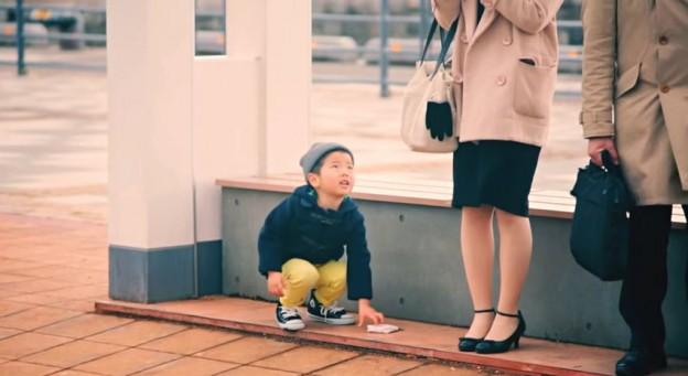 kids bus stop wallet